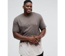 PLUS - T-Shirt mit gebleichtem Bogensaum