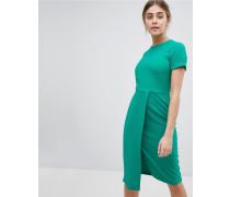 Kurzärmliges Kleid zum Überziehen
