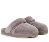 Slippers aus Fell
