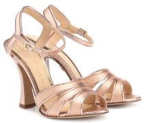 Sandalen aus Metallic-Leder und Satin