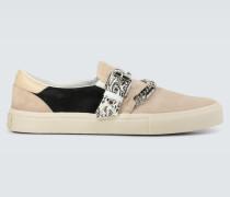 Slip-On Sneakers Bandana Chain