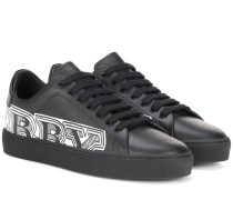 Sneakers mit Logo-Print aus Leder