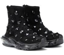 verzierte Sneakers aus Veloursleder
