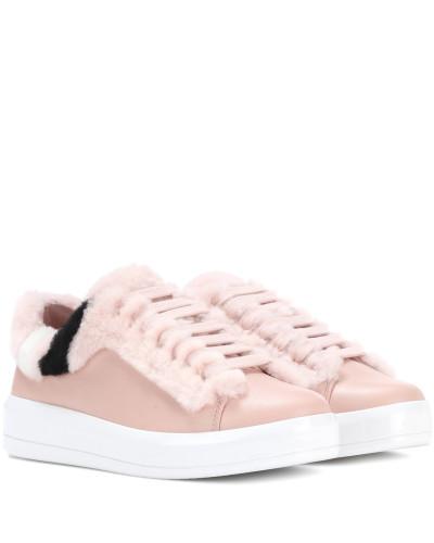 Sneakers aus Leder mit Shearling