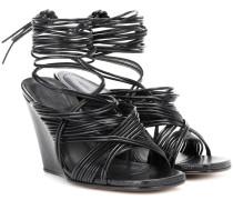 Wedge-Sandalen aus Leder