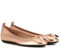 Ballerinas aus Metallic-Leder