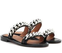 Sandalen mit Kettenverzierung