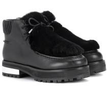 Boots aus Leder mit Faux Fur