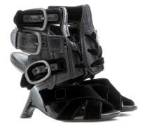 Sandaletten aus Leder und Samt