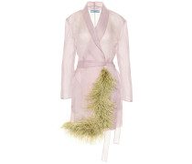 Mantel aus Seidenorganza mit Federn