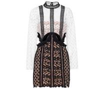 Kleid aus Lochspitze mit Cut-Outs