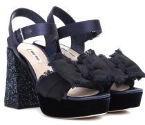 Sandalen aus Satin und Samt mit Glitter