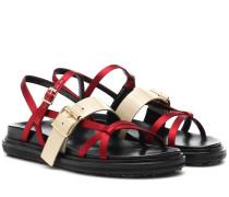 Sandalen aus Satin und Leder