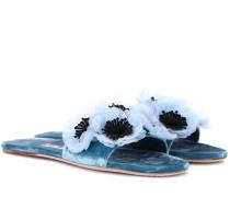 Slippers aus Samt mit Verzierung