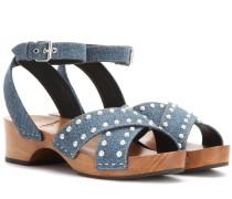 Verzierte Sandalen aus Denim