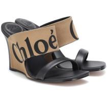 Wedge-Sandalen aus Canvas und Leder