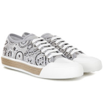 Sneakers aus Canvas