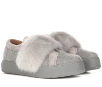 Sneakers aus Kaschmir mit Pelz