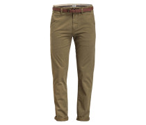 Chino Slim Fit mit Ledergürtel