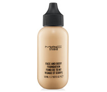STUDIO FACE AND BODY FOUNDATION 50 ML 68 € / 100 ml