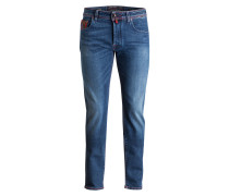 Jeans J688 Straight Fit