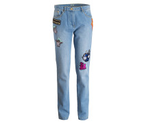 Mom-Jeans mit Patches - blau