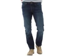 James Regular Jeans in Slim Passform Dunkel