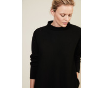 Oversize Woll-Pullover in Schwarz