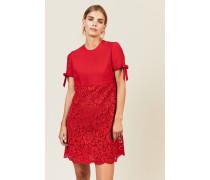 Kurzes Kleid mit Spitze Rot