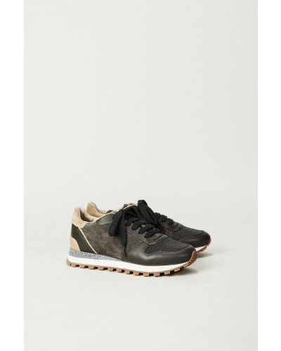 Sneaker mit strukturiertem Leder Grau