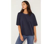 Baumwoll-Shirt mit Lurexkragen Blau- T-Shirt in Dunkelblau - Rundhalsausschnitt - Rippstrickkragen mit Lurexdetails - Kurze Ärmel - Lockere Silhouette - Auf Gesäßhöhe endend Größe des Models: 175 cm Material 1: -