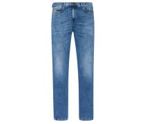 Jeans mit modischen Auswaschungen in Hellblau