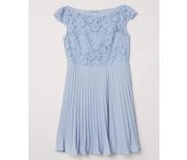 Plissiertes Kleid - Hellblau