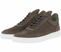 Low Top Plain Sneaker