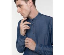 Bluse aus fließendem Stoff