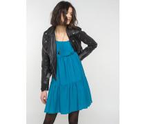 Kleid aus fließendem Stoff