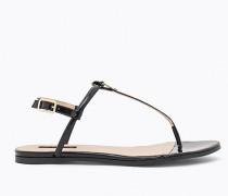 Sandale aus Lackleder