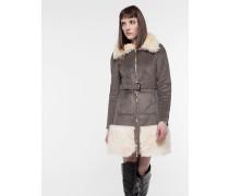 Mantel aus Öko-Lammfell