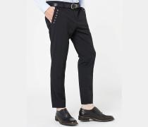 Slim-Fit-Hose mit tief sitzendem Schritt