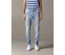 George Slim Fit Jeans aus Used Denim