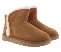 Boots W Classic Mini Fluff High-Low Chestnut braun