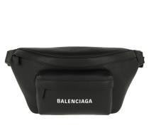 Gürteltasche Everyday Logo Belt Pack Leather Black 1 schwarz