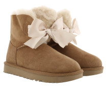 W Gita Bow Mini Classic Boot Chestnut Schuhe