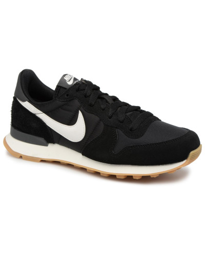 Wmns Internationalist Sneaker in schwarz