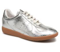 Li Lace up Sneaker in silber