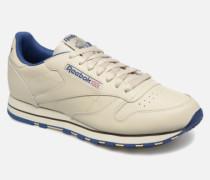Classic Leather Sneaker in beige