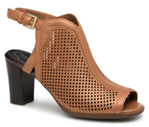 TM Trixie Perf Shoot Pumps in braun