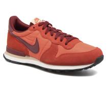 Internationalist Sneaker in orange