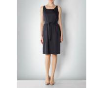 Kleid in klassischem Design