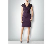Kleid mit asymmetrischen Details
